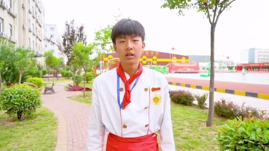 新生訪談:金佳輝-初中畢業,我選擇來到陝西草莓视频污下载网站學技術!