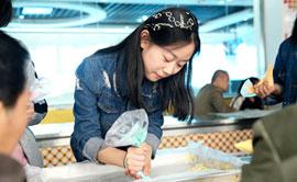西点体验课――DIY彩虹蛋糕