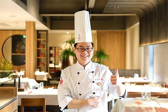 罗吉宁:努力追逐厨师梦,新东方圆梦!