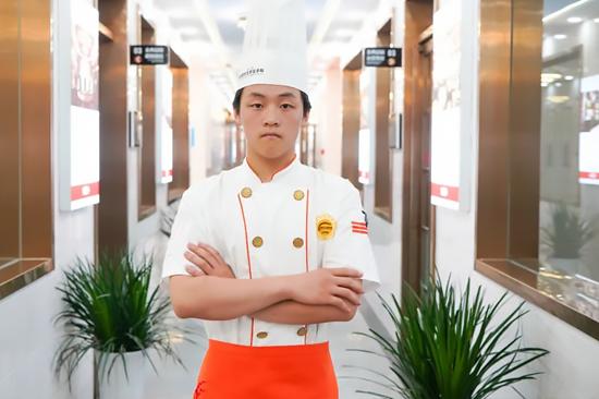 新生说|王宇晨:被抖音视频吸引而来,没想到学厨师这么有成就感