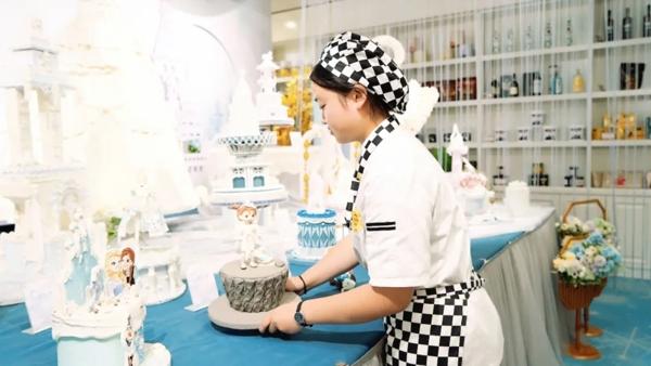 陝西草莓视频污在线观看新生訪談