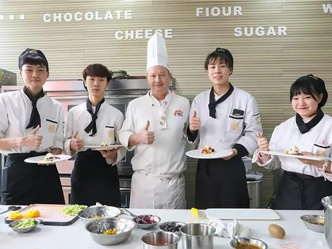 开学季|来陕西新东方烹饪学校,你将会遇到什么