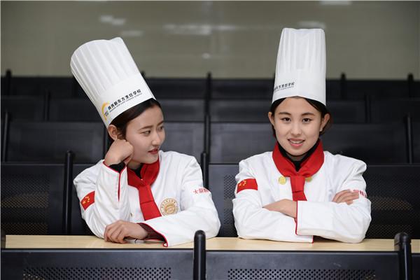 女生上海年薪10萬_上海年薪十萬_年薪十萬如何理財