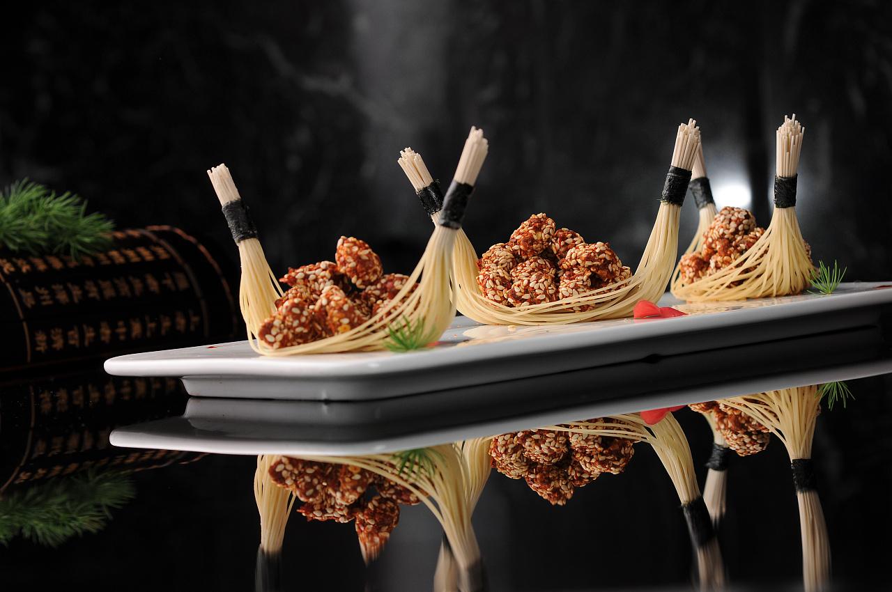厨师培训哪家好_中西餐专业有哪些区别_陕西新东方烹饪学校学厨师