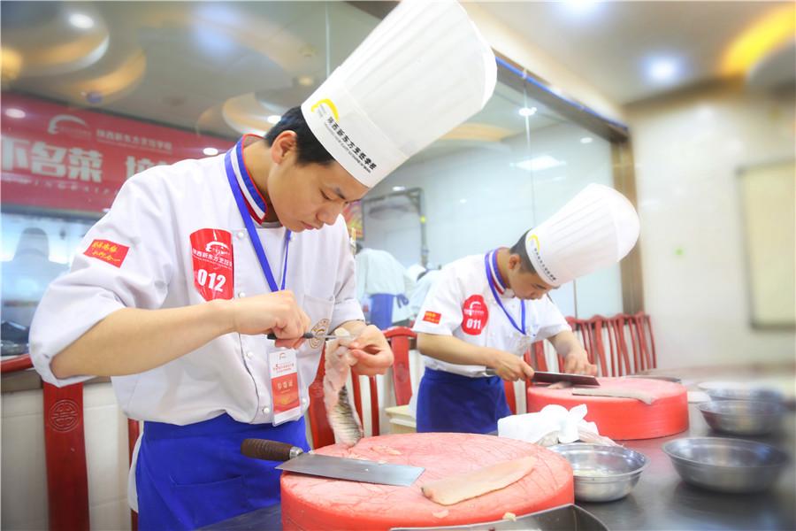 初高中生想学厨师去哪里_没有基础能学厨师吗_学厨师技能+学历