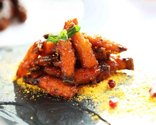 去烹饪培训学校学技术怎么样_学厨师永不失业_学厨师来陕西新东方
