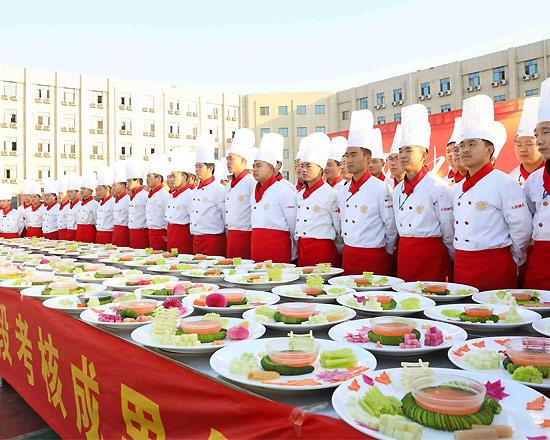 陕西新东方烹饪学校:高考落榜怎么办?只有学技术才可靠!